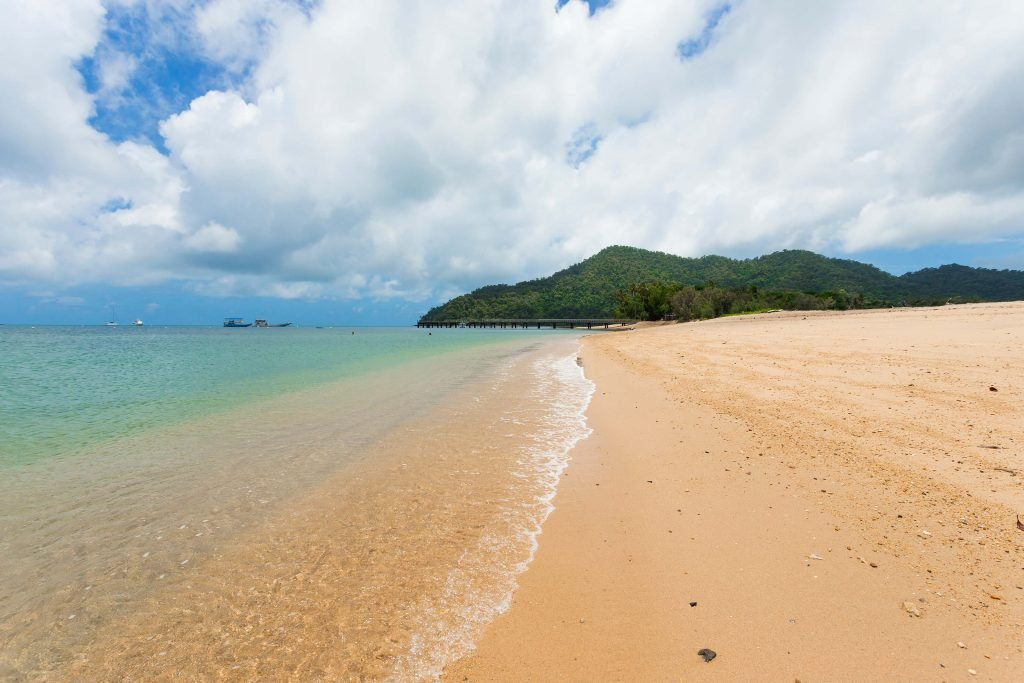 Dunk Island Holidays: Great Green Way: Journey Between Cairns And Townsville