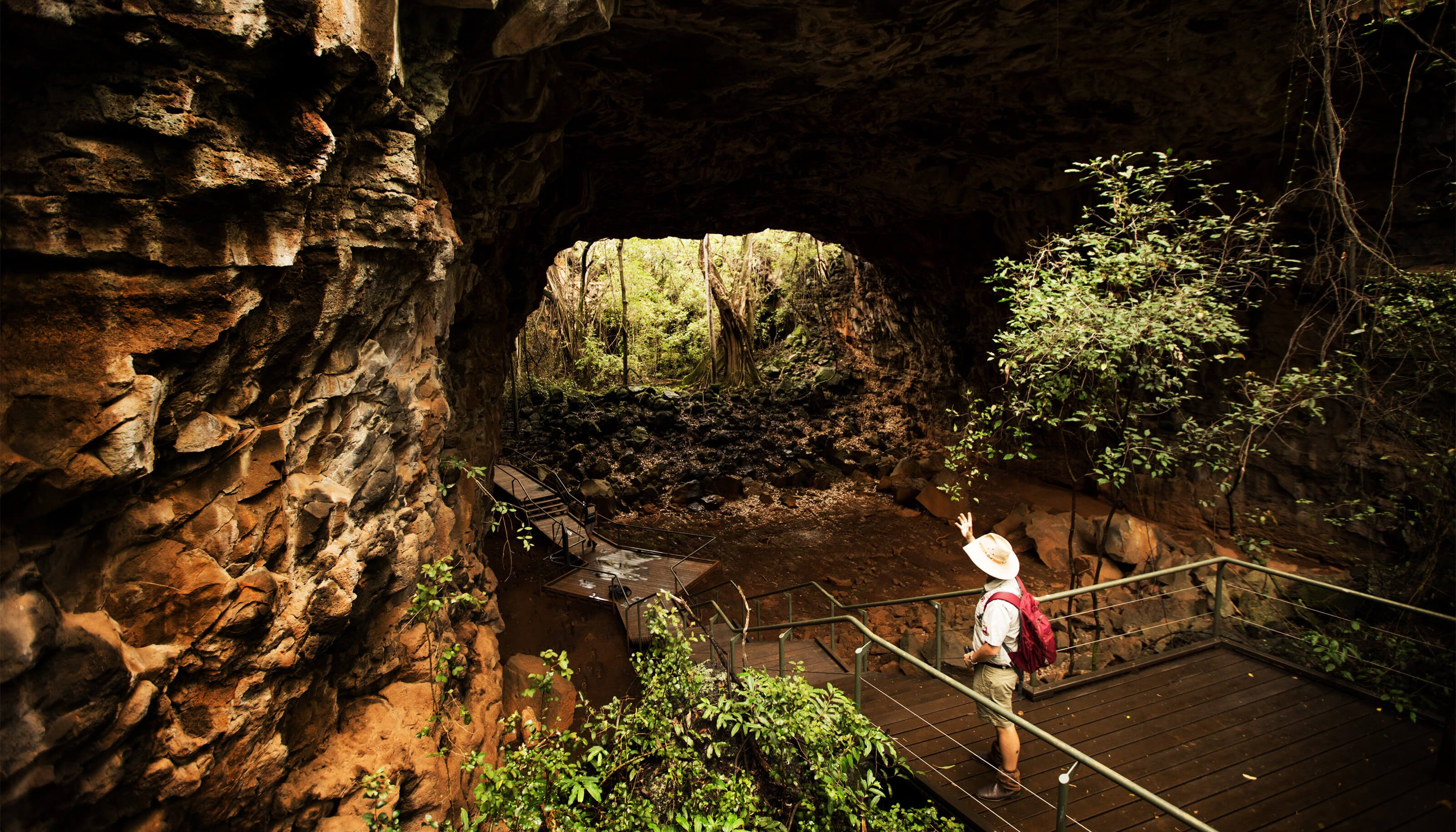 guided tour of the lava tubes at undara experience