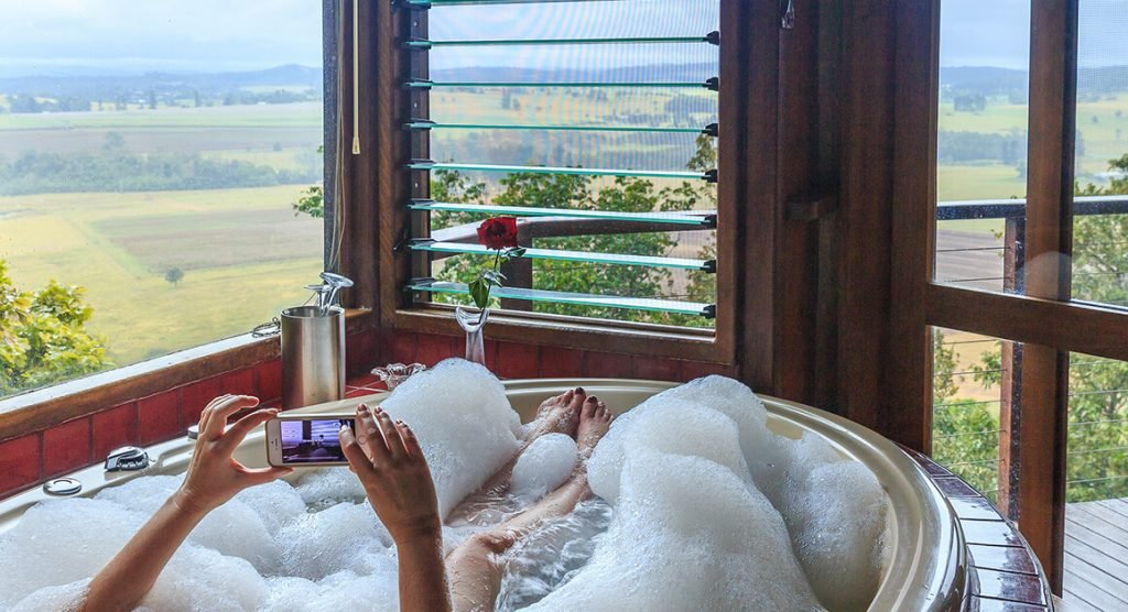 Spa bath views at Mt Quincan Crater Retreat