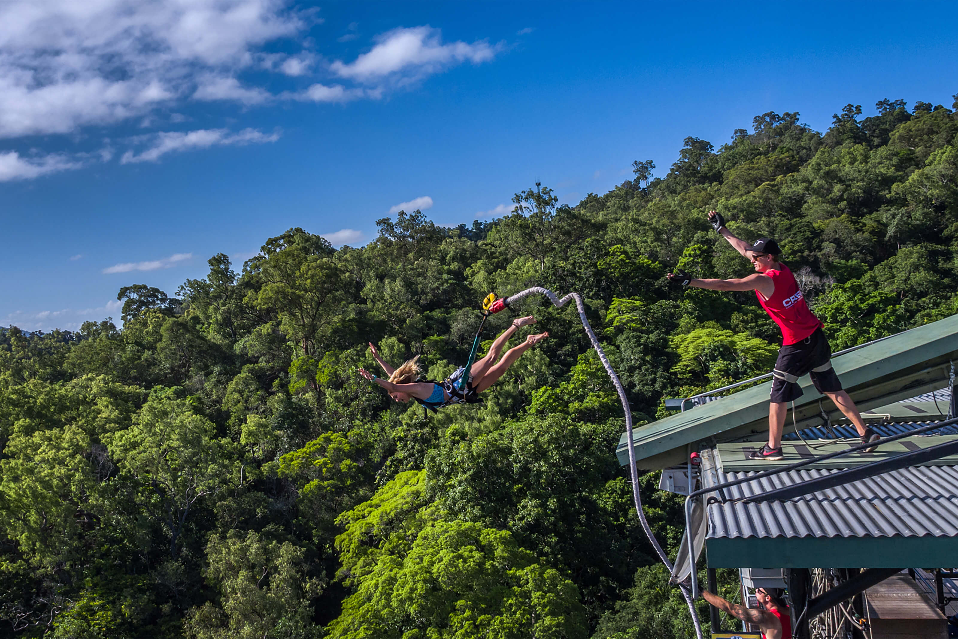 girl bungy jumping